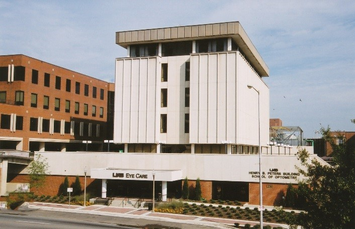 Picture of the UAB School of Optometry in 2004