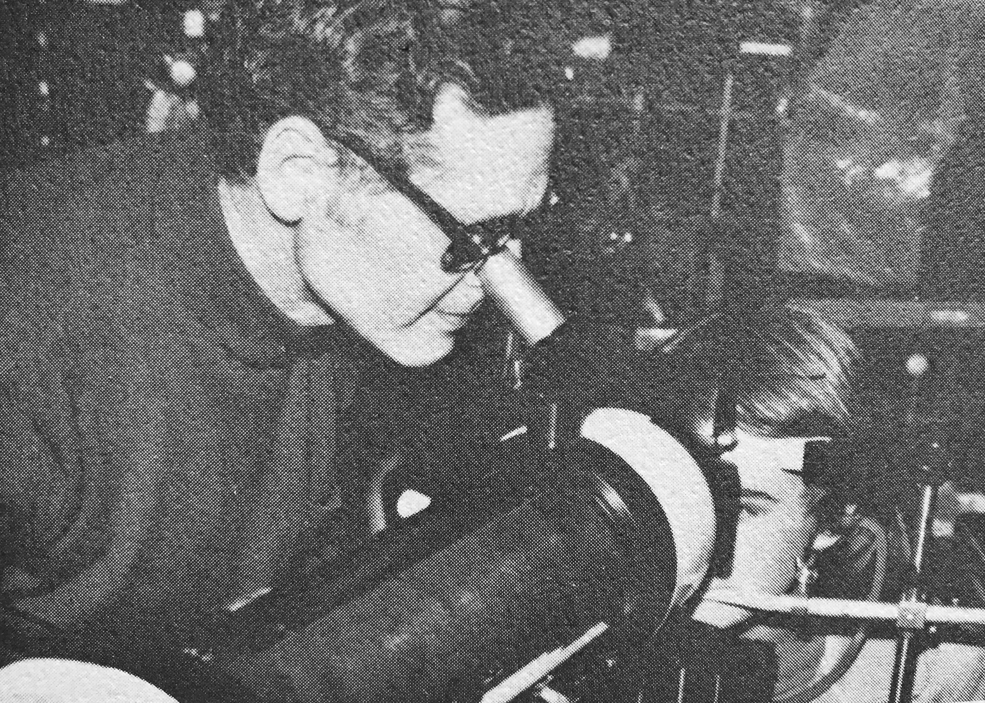Niles Roth, O.D. conducting an experiment.